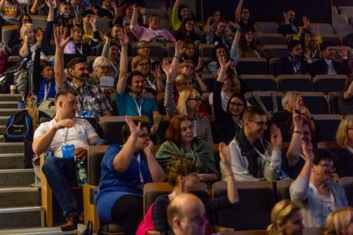 Goście na sali widowiskowej podczas wykładu inauguracyjnego